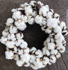 classic holiday cotton boll wreath christmas wreath centerpiece