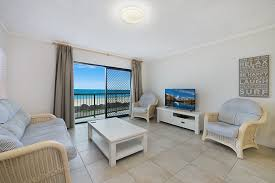 pacific breeze 3 absolute beachfront holiday apartment palm
