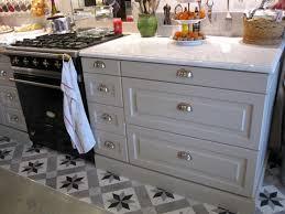 poignee et bouton de cuisine bouton de porte de cuisine pas cher galerie avec poignee meuble