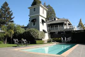 pool and watertower at honor mansion america exploring the usa