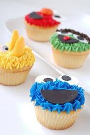 sunflower cupcakes sweet stuff pinterest sunflower cupcakes