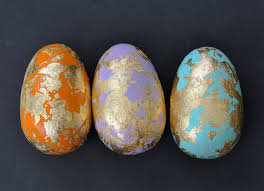 gold easter eggs gold leaf easter eggs make lovely