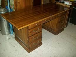 Executive Desk Solid Wood Deal Of The Day 7 26 17 Executive Desk Solid Wood Dovetail 8635