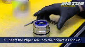 how to install the wiperseal and polyseal on a hydraulic cylinder