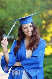 college cap and gown best 25 cap and gown ideas on graduation cap and gown