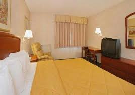 Comfort Inn North Indianapolis Comfort Inn The Pyramids Indianapolis In Booking Com