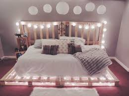Make Your Own Platform Bed Frame by Best 25 Pallet Bed Frames Ideas On Pinterest Diy Pallet Bed