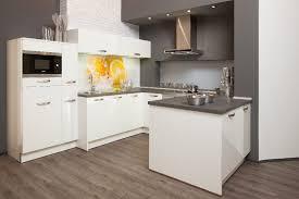 kche mit theke ᐅ akbulut küchen hannover bietet küchen in allen variationen