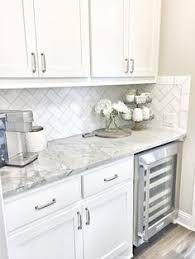 Our  Favorite White Kitchens Hgtv Kitchens And Calacatta Marble - White kitchen backsplash
