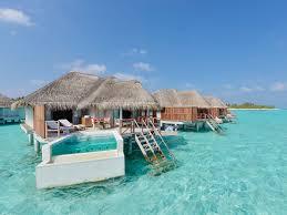 piscine sur pilotis hôtel kanuhura maldives atoll de lhaviyani réservation du