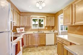 kitchens with oak cabinets and white appliances light wood kitchen cabinets with white appliances trekkerboy