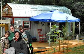 cheap 2 houses 6 eco diy homes built for 20k or less inhabitat