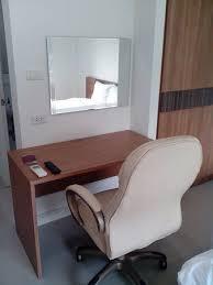 disposition bureau un bureau à disposition picture of privacy residence lopburi lop