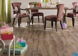 get laminate flooring installed before the holidays