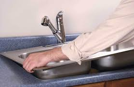 how to install a kitchen sink in a new countertop a video that shows an easy way to install a kitchen sink