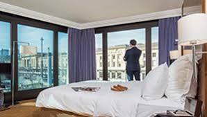 hotel geneve dans la chambre hôtels lac lé warwick geneva suisse