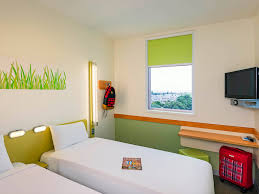 Kid Chat Rooms Under 12 by Ibis Budget Auckland Airport Budget Airport Hotel Accommodation