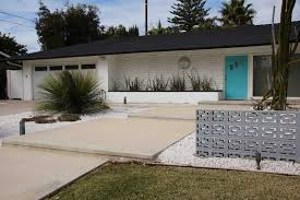 mid century retro modern ranch house landscape