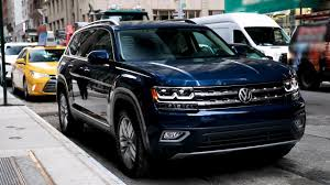 volkswagen atlas interior sunroof 2018 volkswagen atlas engineering youtube