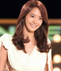 korean medium length hairstyles song hye kyo hairstyle c curl hair perm descendants of the sun