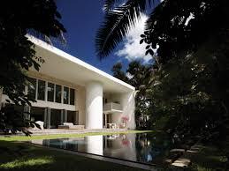 villa allegra the cheerful house of architect chad oppenheim in