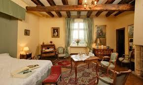 chambre louis xvi louer le château de la bourgonie en dordogne