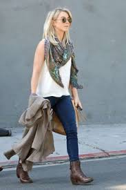 how does julienne hough style her hair julianne hough comfy airport style wears pinterest airport