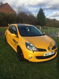 renault f1 van renault clio r27 f1 2l rs limited ed 56 500 in brierley hill