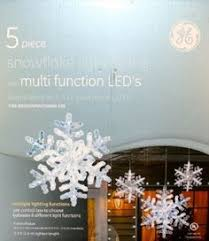 Multi Function Christmas Lights White Waterfall Led Curtain Light For Wall Shopping Mall View Led