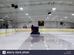 zamboni ice rink resurfacing stock photos u0026 zamboni ice rink