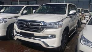land cruiser 2017 baniyas car dealers land cruiser vxs 2017