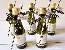 Engagement Party Decorations At Home Best 25 Engagement Party Favors Ideas On Pinterest Country