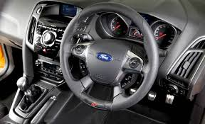 ford focus st 3 2016 ford focus rs vs 2016 ford focus st whats the difference