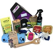 Pet Gift Baskets Pet Hampers Cat And Dog Gift Hampers Gifts For Pets