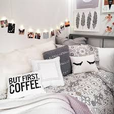 string lights with picture clips 44 best bedroom string lights images on pinterest bedroom ideas