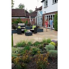 Marshalls Patio Planner Marshalls Indian Sandstone Riven Buff Paving Patio Pack 15 23 M2