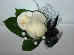 how to make boutonnieres becky s blossoms boutonniere s and corsages