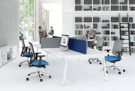 configuration bureau bureau en bench pour espaces de travail coworking