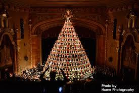 singing christmas tree america s tallest singing christmas treevisit muskegon