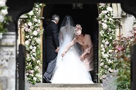 pippa middleton wedding kate middleton wears pink dress time