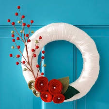 christmas wreaths to make 30 unique wreaths to make this season tiphero