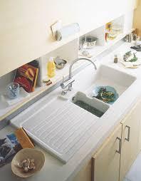 aubade cuisine rangement derrière l évier évier de cuisine à encastrer céramique