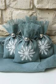 Shabby Chic Gift Bags by Burlap Gift Bags Christmas Tree Shabby Chic Christmas Wrapping