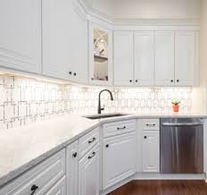 what color backsplash with gray cabinets backsplash ideas for white cabinets 5 gorgeous tips