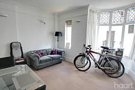 One Bedroom Flat Southend 1 Bedroom Flat Clifftown Parade Southend On Sea 190 000 Haart