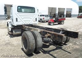 2002 international 4300 truck cab and chassis item da6446