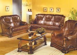 canape jaune cuir canapés en cuir vieillis brun photo 8 10 un salon rustique et
