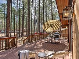 new 3br pinetop cabin w spacious deck u0026 backyard pinetop