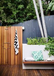 outdoor inspiration a pocket sized garden with punch home