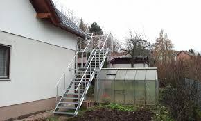 balkon mit treppe firma erwin klose bild balkon inklusive treppe aufgangstreppe